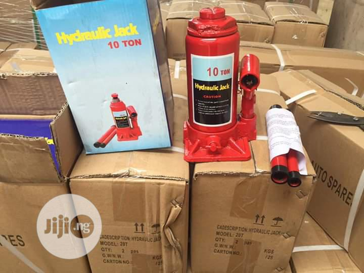 Hydraulic Bottle Jack 10ton | Manufacturing Equipment for sale in Ojo, Lagos State, Nigeria