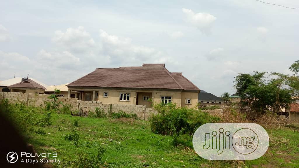 4 Bedroom Bungalow at Temidire Estate Ologuneru Ibadan | Houses & Apartments For Sale for sale in Ido, Oyo State, Nigeria