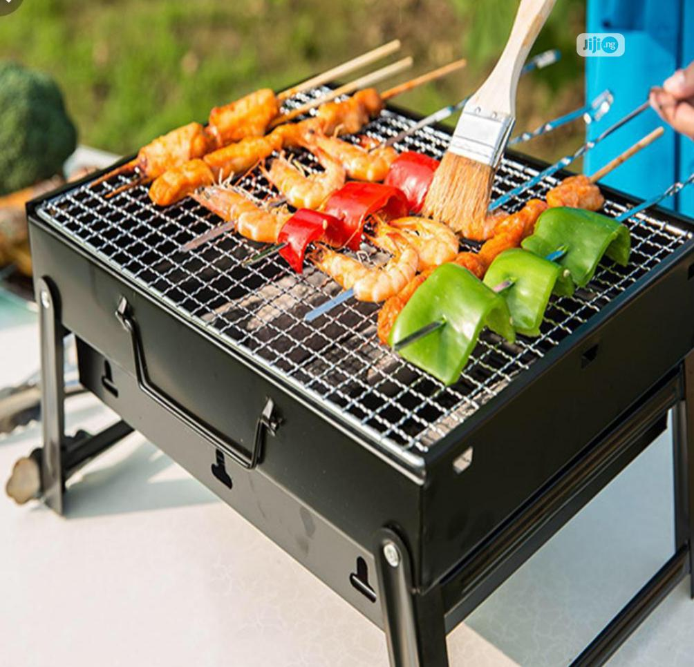 Archive: Foldable Chacoal Barbeque Grill