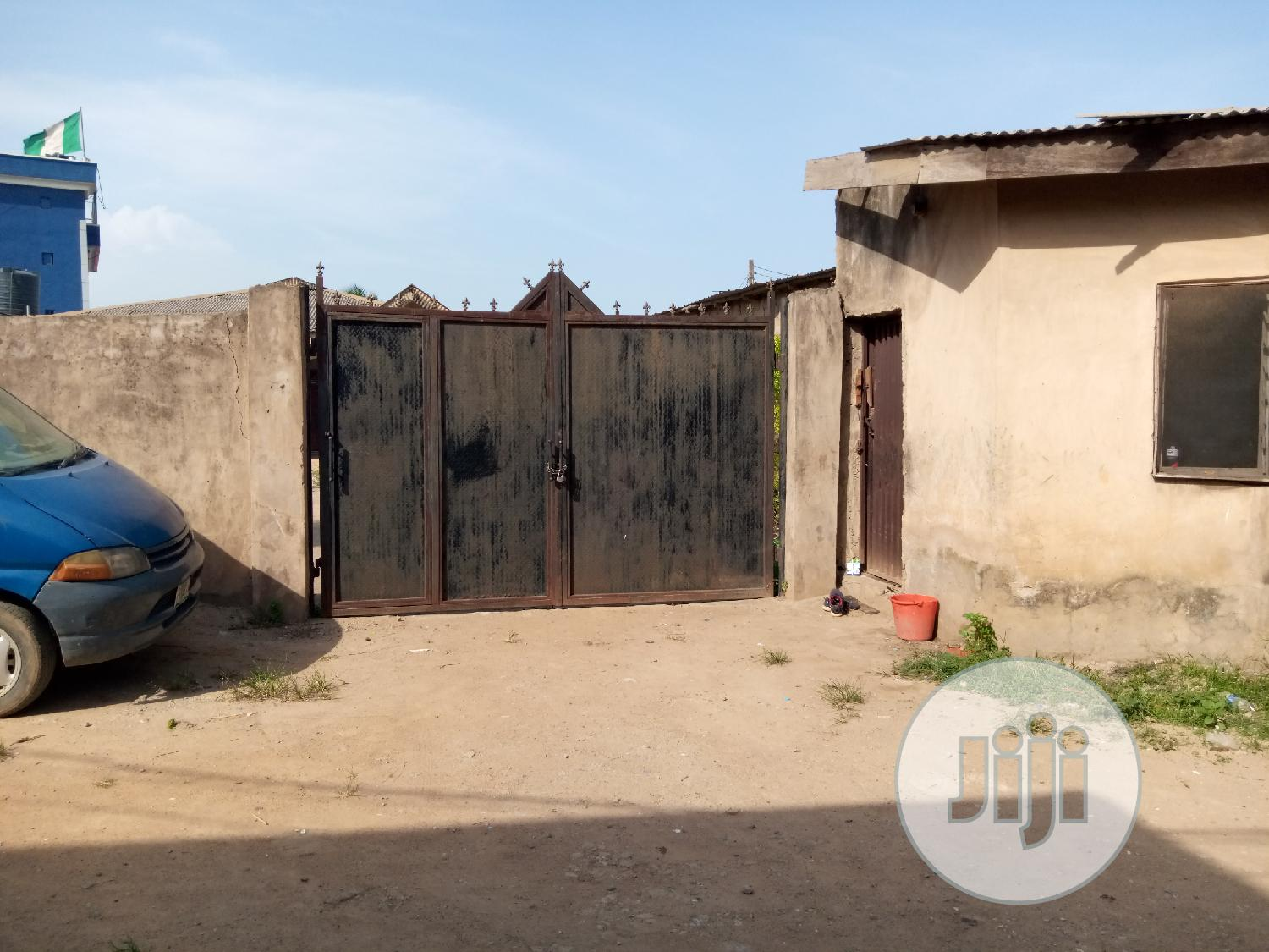 Archive: Neat Three 3 Bedroom Bungalow House For Sale at Magboro Ibafo