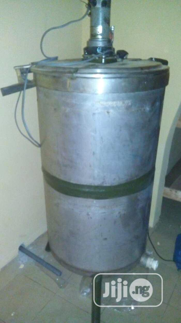 Liquid Soap Shampoo Air Freshner Insecticide Mixing Machine