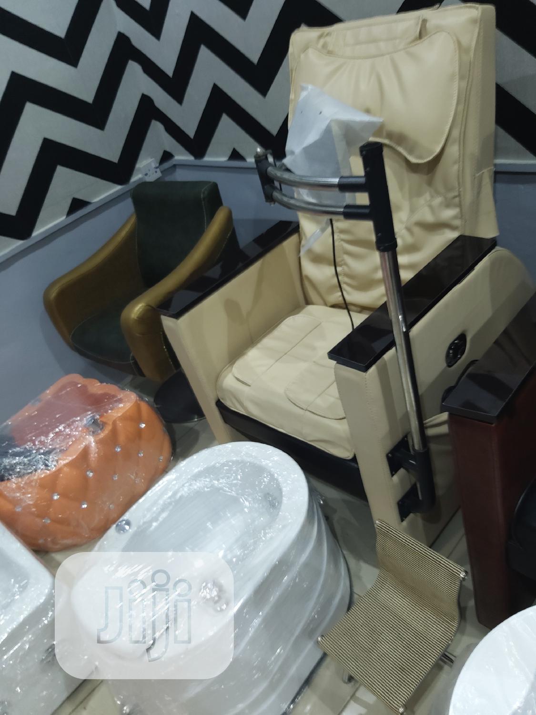 Archive: Pedicure Massage Chair
