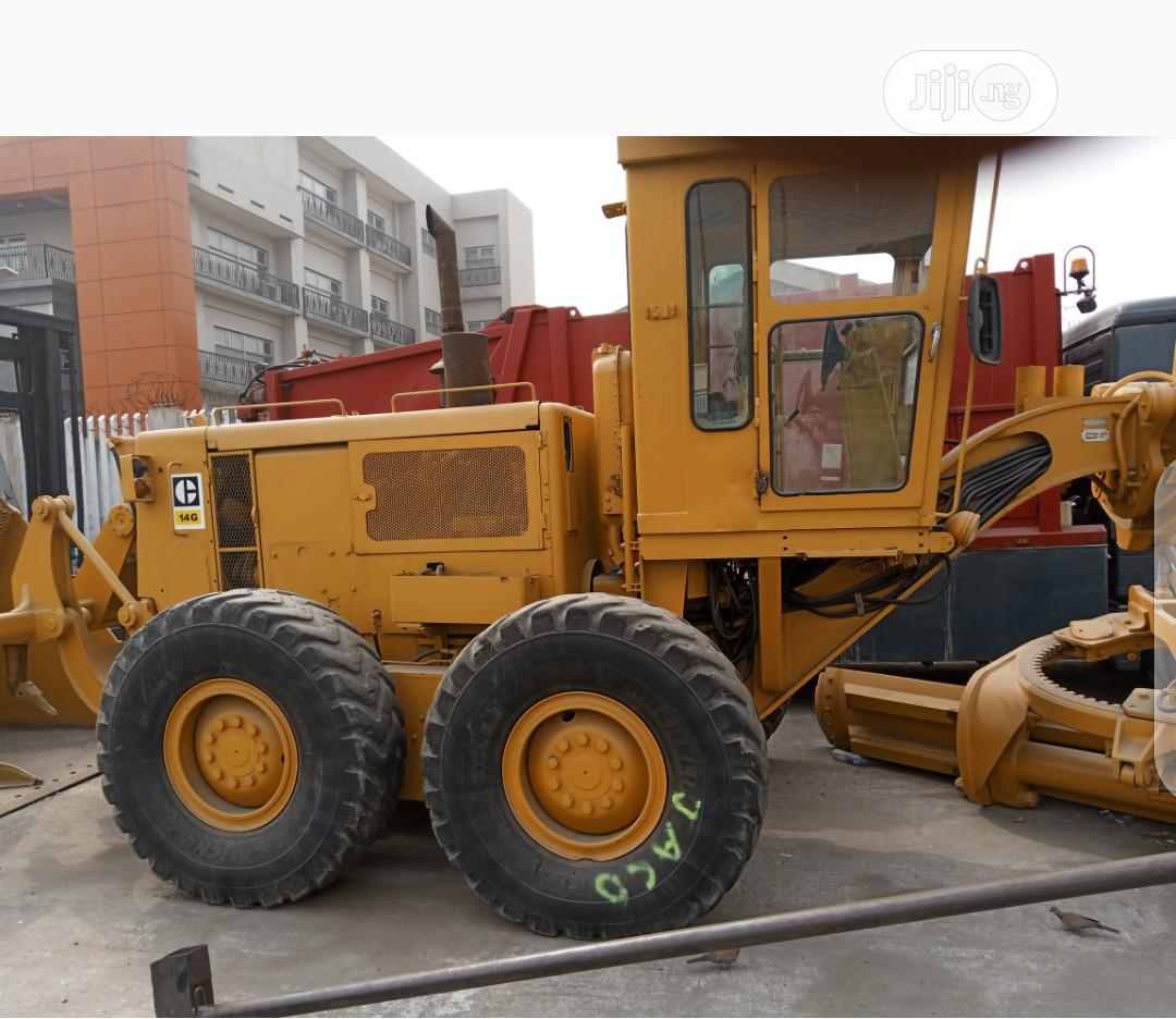 Archive: 14G Grader With Ripper Caterpillar