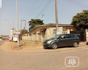 A Corner Piece Bungalow, Size: 600sqm of Land, at Wuse Zone 3 | Houses & Apartments For Sale for sale in Abuja (FCT) State, Wuse