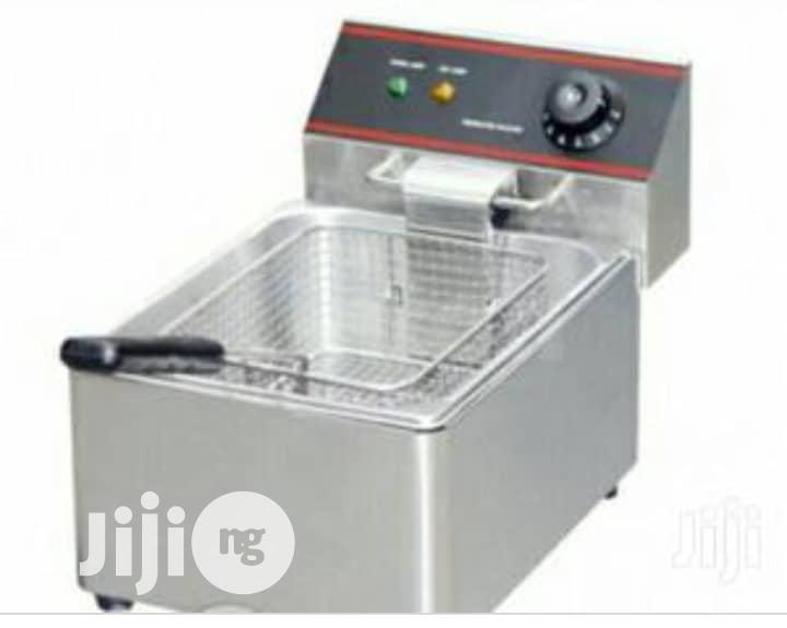 Cheefs And Multi Functional Fryer.