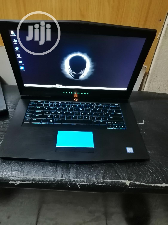 Archive: Laptop Alienware M17x R2 24GB Intel Core I7 SSHD (Hybrid) 1T