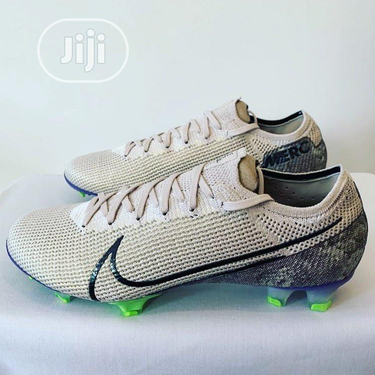 Nike Predator Football Boot