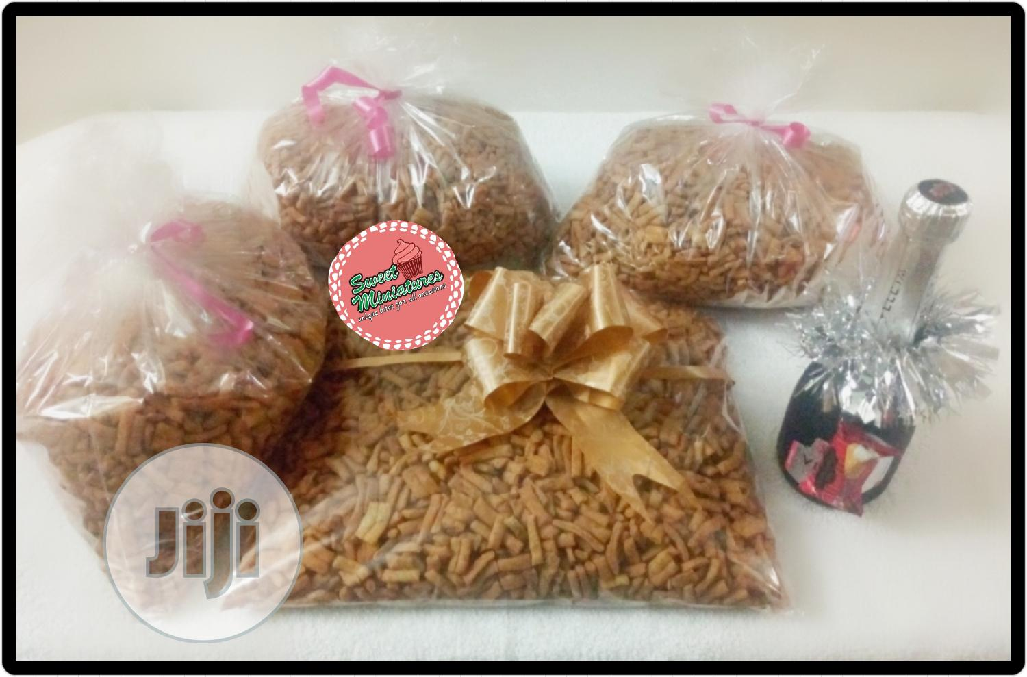 Foil Cakes And Chin Chin Treats | Meals & Drinks for sale in Magodo, Lagos State, Nigeria