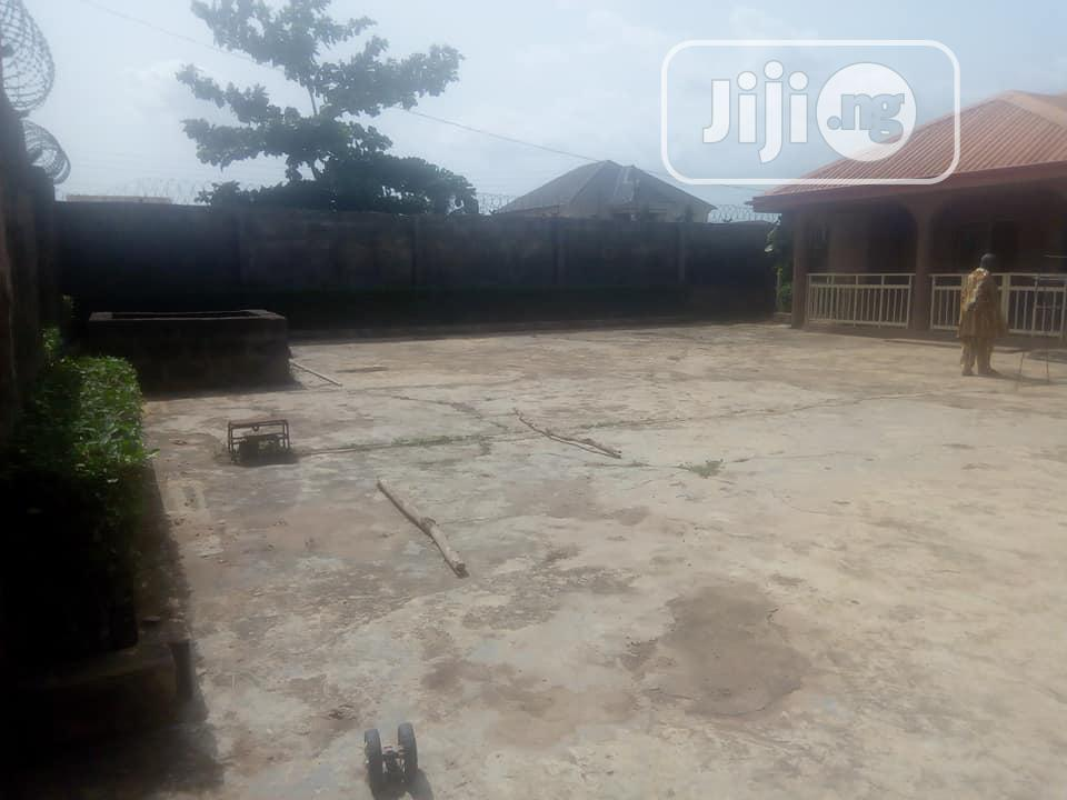 Luxury 4 Bed Room Flat With Excellent Facilities At Ikorodu | Houses & Apartments For Sale for sale in Ikorodu, Lagos State, Nigeria