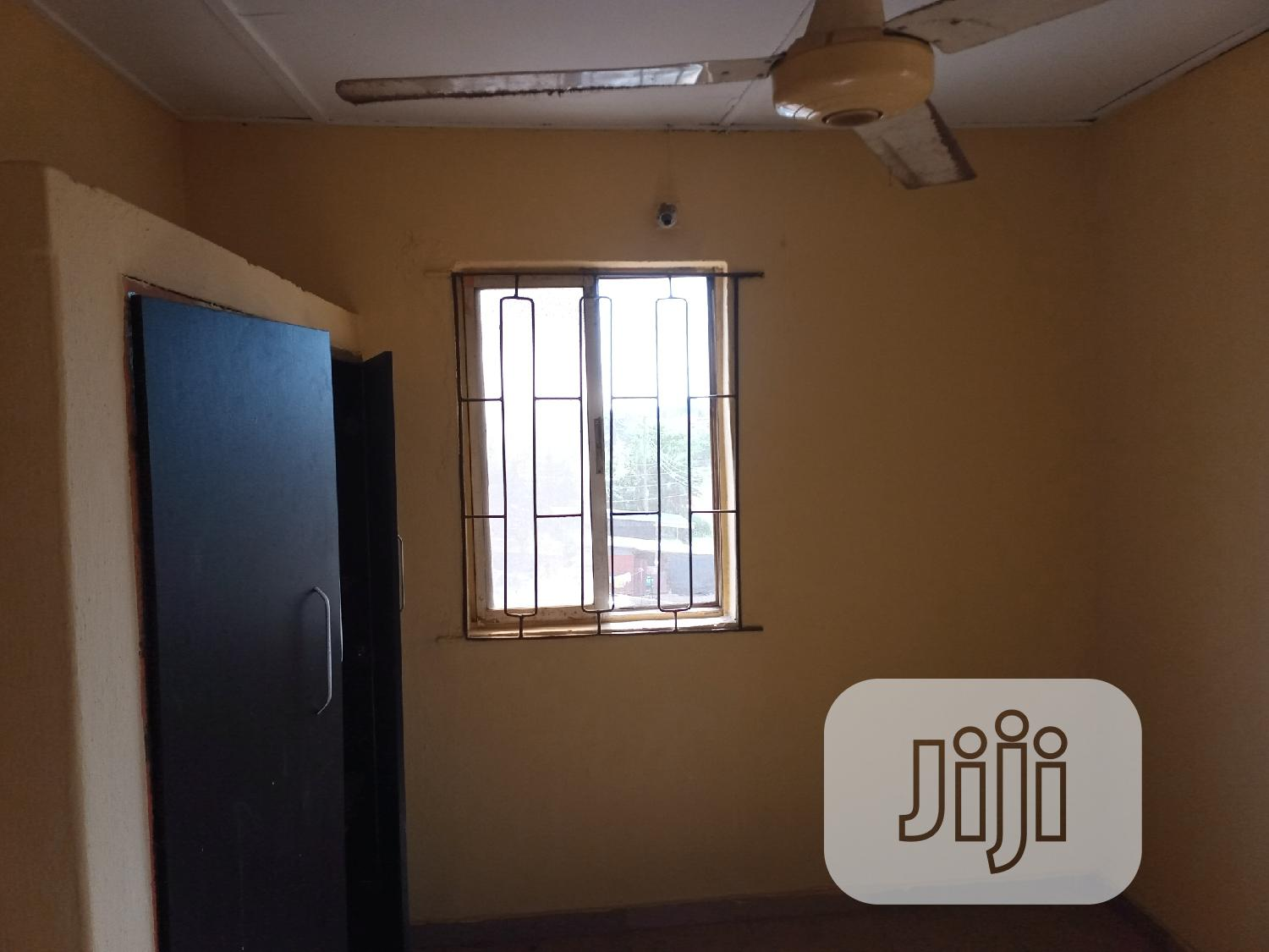 3 Bedroom Flat For Sale At Abesan Estate Ipaja, Lagos State | Houses & Apartments For Sale for sale in Alimosho, Lagos State, Nigeria