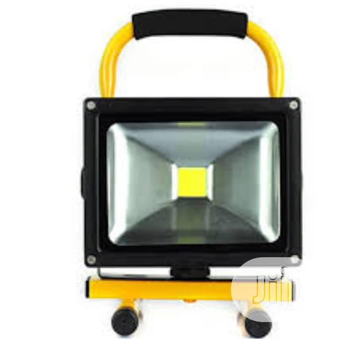 Rechargeable Video Flood Light 20w Led.