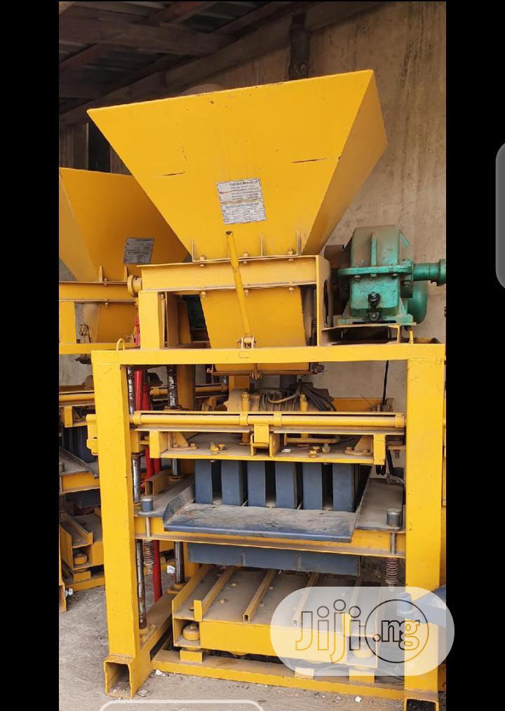 New Block Making Machine Mixer And Conveyor