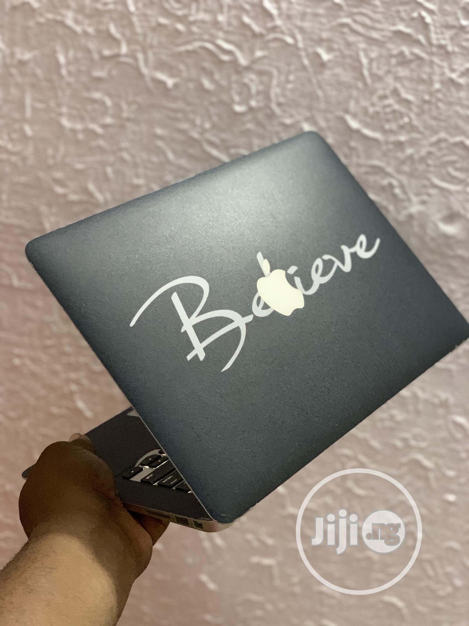 Archive: Laptop Apple MacBook Air 8GB Intel Core I7 SSD 256GB