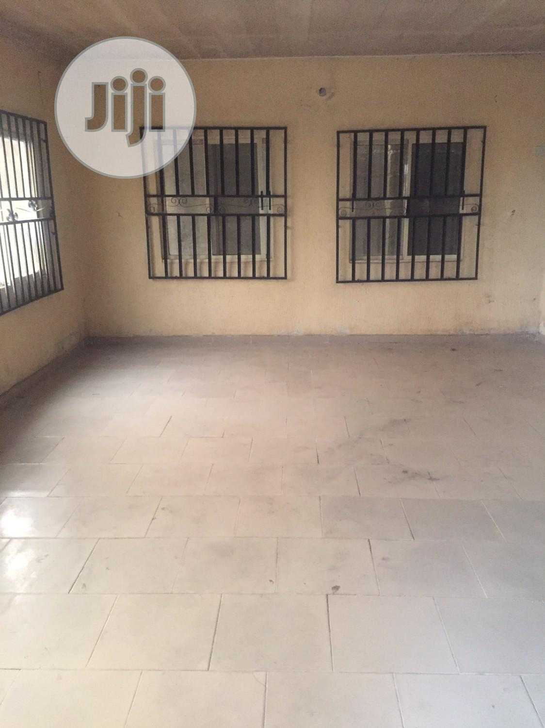 2bedroom Flat for Sale | Houses & Apartments For Sale for sale in Calabar, Cross River State, Nigeria