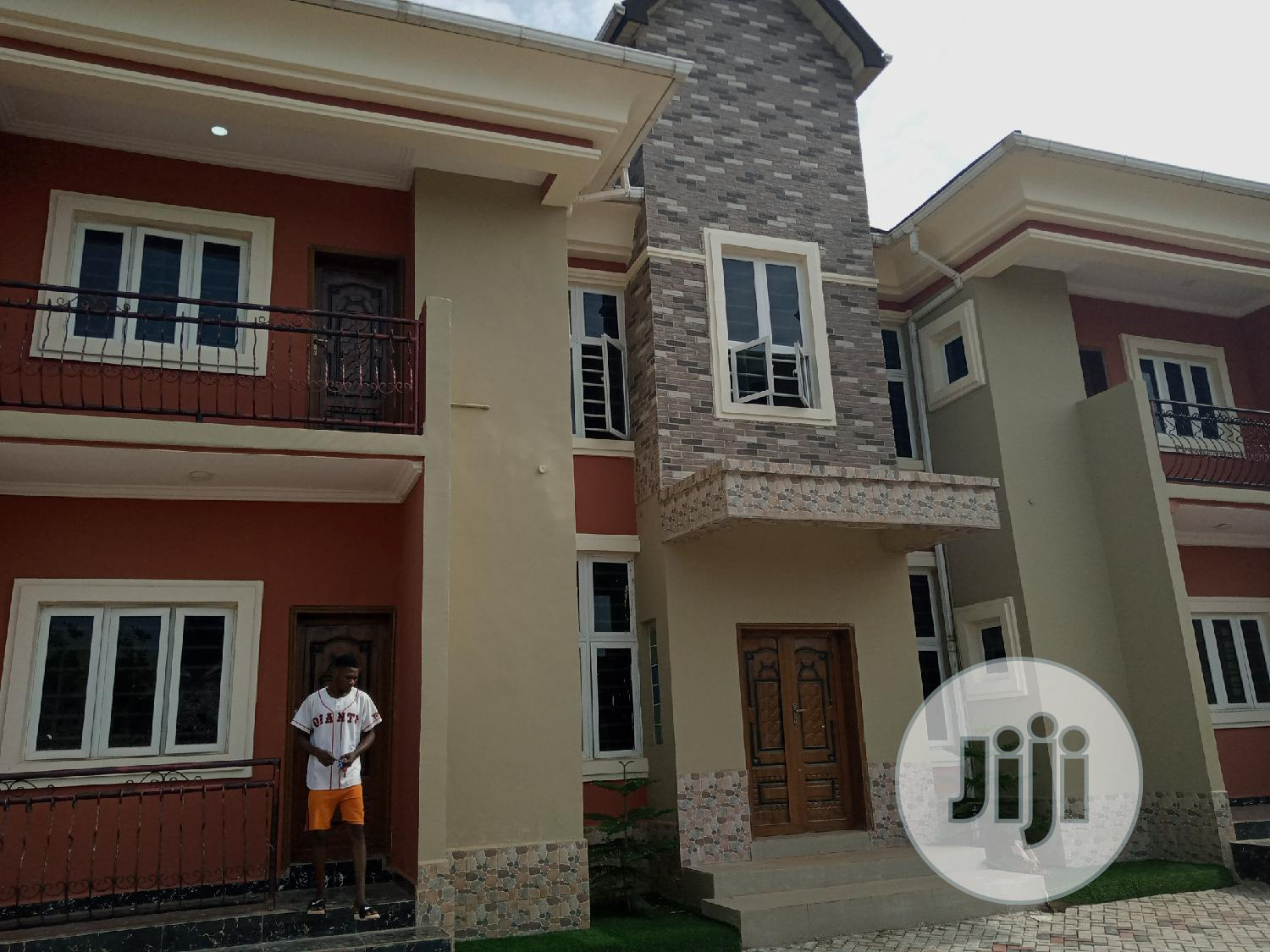 4 and 3 Bedrooms Flat for Rent at Thinkers Conner Estate Enugu | Houses & Apartments For Rent for sale in Enugu / Enugu, Enugu State, Nigeria