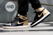 "Air Jordan 1 Hi Retro Og ""Black/Gold Original   Shoes for sale in Lagos State, Surulere"
