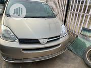 Toyota Sienna 2004 XLE AWD (3.3L V6 5A) Gold | Cars for sale in Lagos State, Alimosho