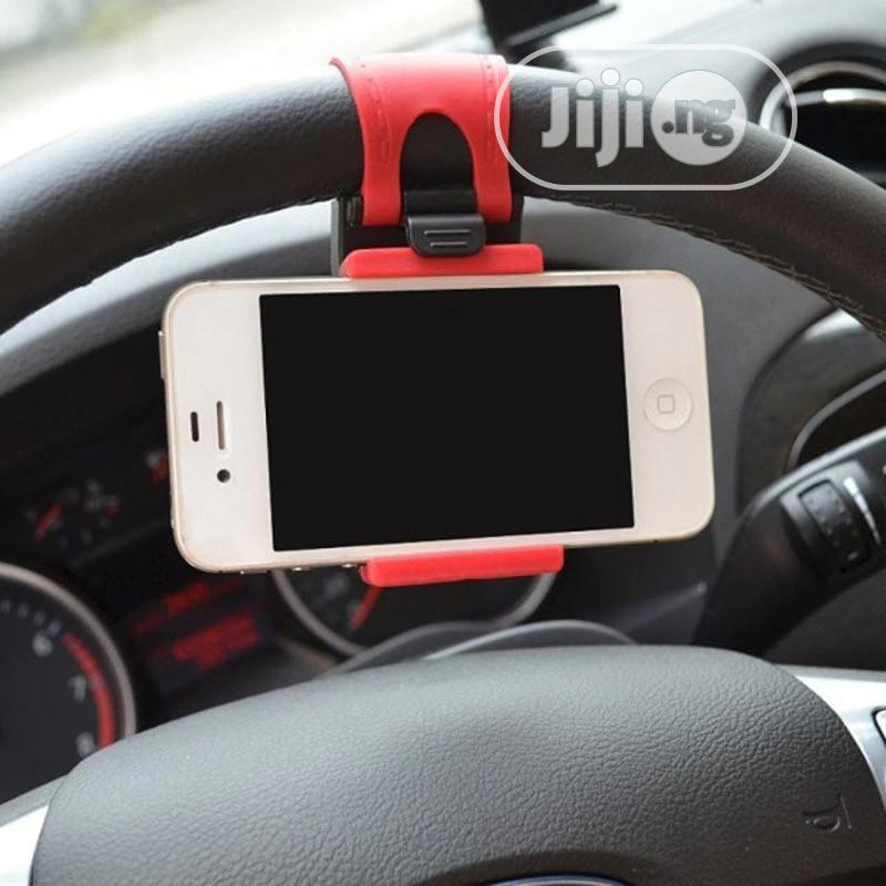 Universal Car Phone Steering Wheel Clip Mount Holder | Accessories for Mobile Phones & Tablets for sale in Ikoyi, Lagos State, Nigeria