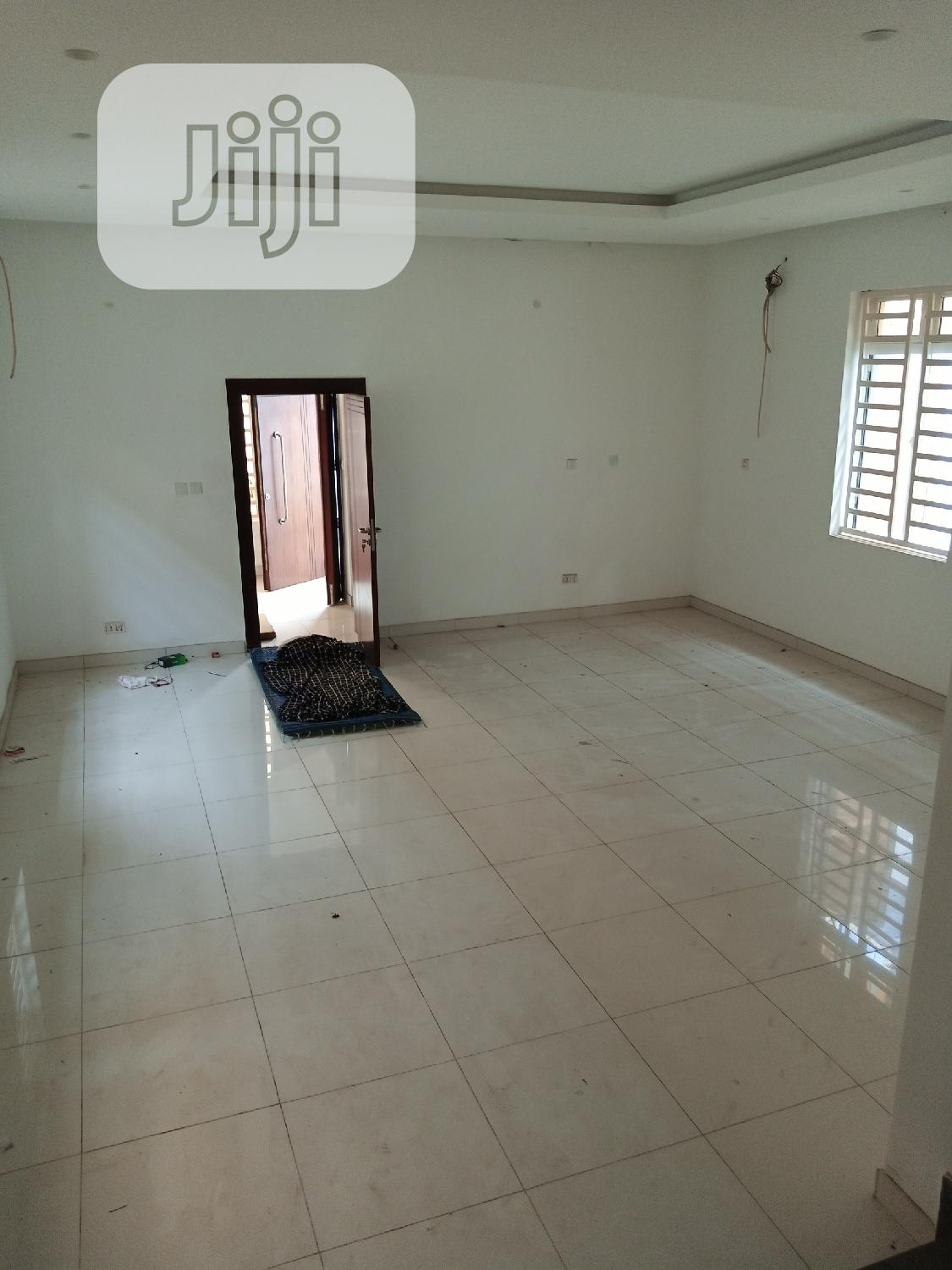 Archive: Brand New 5 Bedroom Duplex for Sale in Magodo Phase 2
