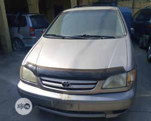 Toyota Sienna 2001 Gold | Cars for sale in Lagos State, Isolo