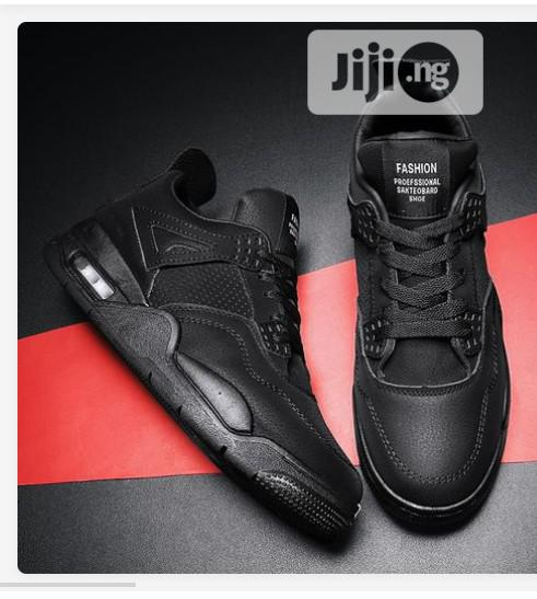Fashion Men Casual Shoes Sneakers-Black