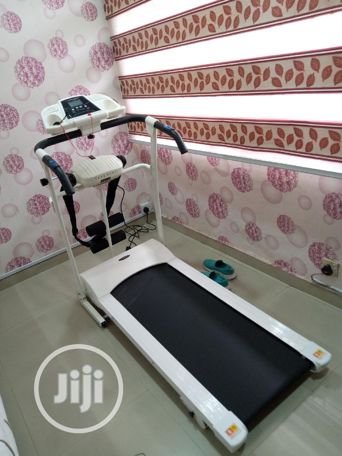 Archive: 1.5hp Treadmill With Massager