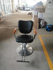 Barber Salon Chair   Furniture for sale in Lagos State, Amuwo-Odofin