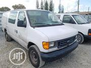 Ford E350 2005 White Super Duty Van Tokunbo | Buses & Microbuses for sale in Lagos State, Ajah