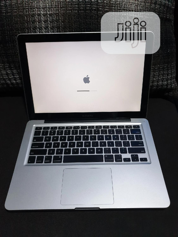 Laptop Apple MacBook Pro 4GB Intel Core I5 HDD 750GB