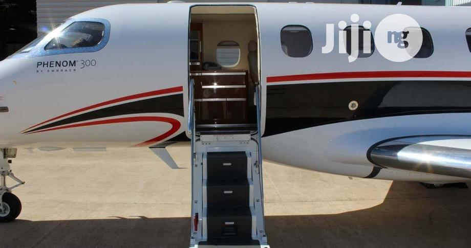 Archive: Embraer Phenom 300