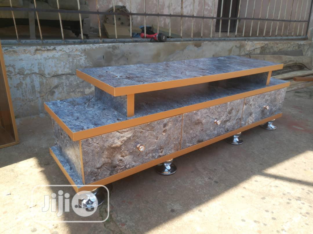 Archive: Quality TV Stand