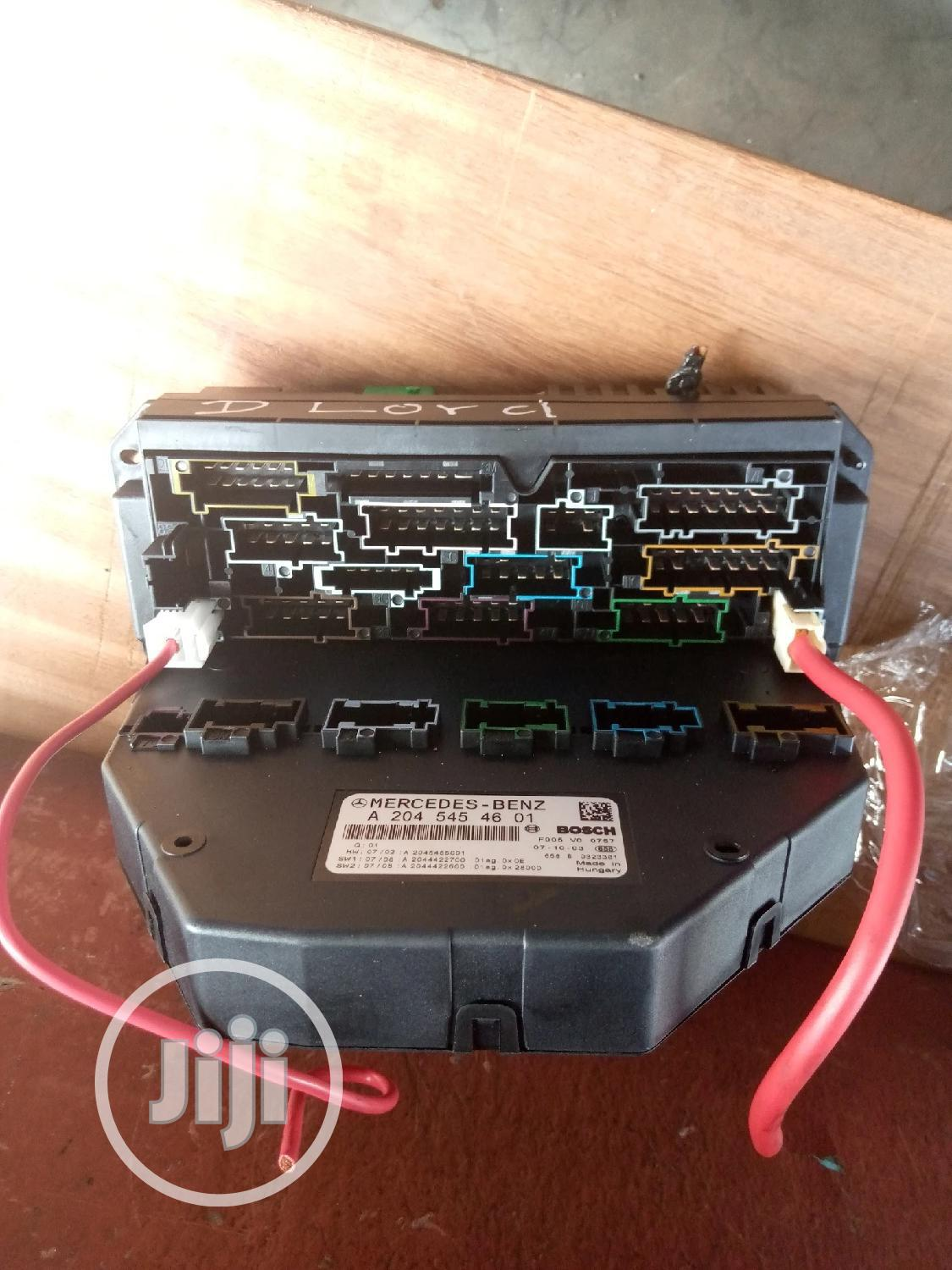 Front Fuse Box For Mercedes Benz C300