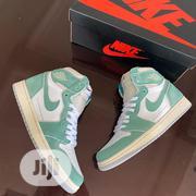 """Air Jordan 1 Hi Retro OG """"Turbo Green Sneakers Original   Shoes for sale in Lagos State, Surulere"""