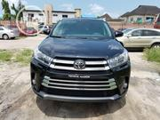 Toyota Highlander 2017 XLE 4x4 V6 (3.5L 6cyl 8A) Black | Cars for sale in Lagos State, Ojo