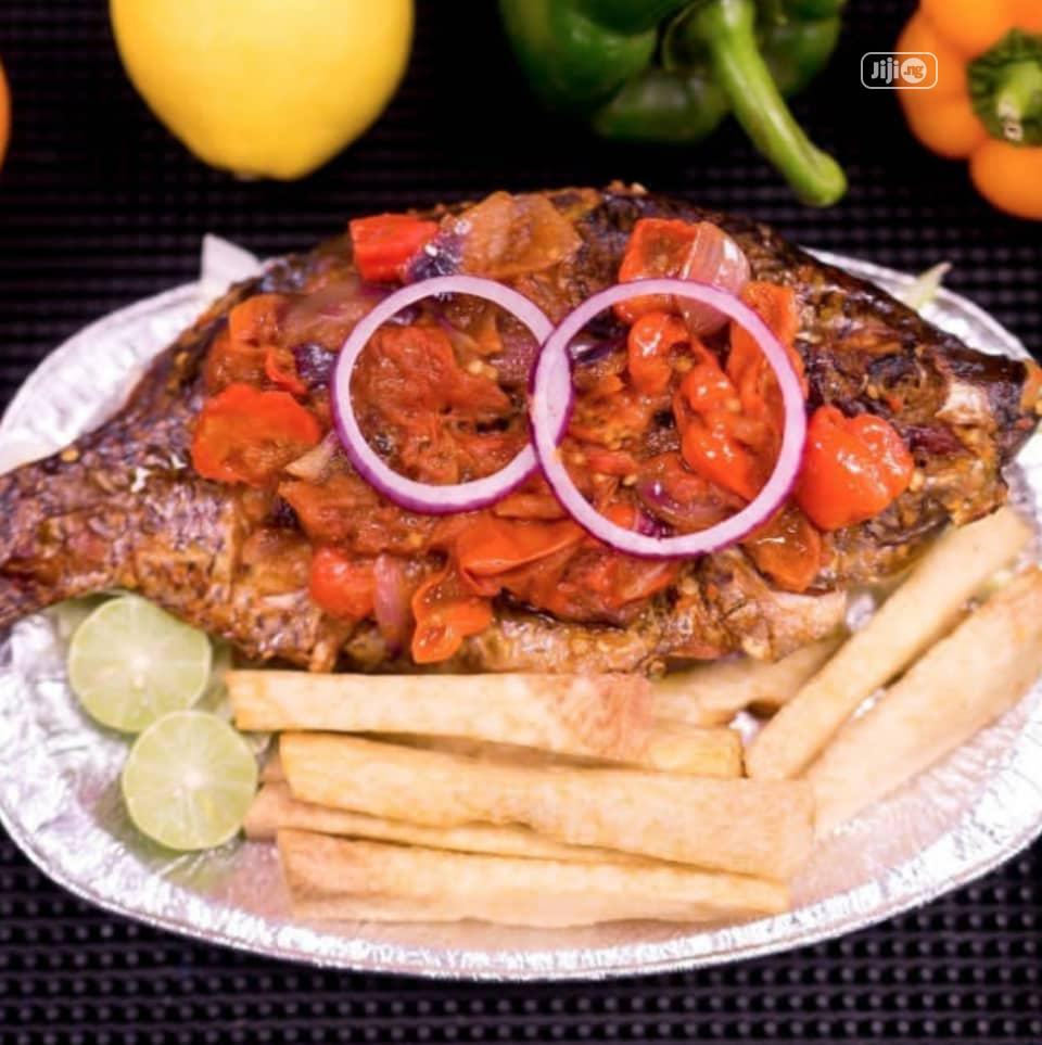 Fish Barbeque And Chips. | Meals & Drinks for sale in Lekki Phase 2, Lagos State, Nigeria