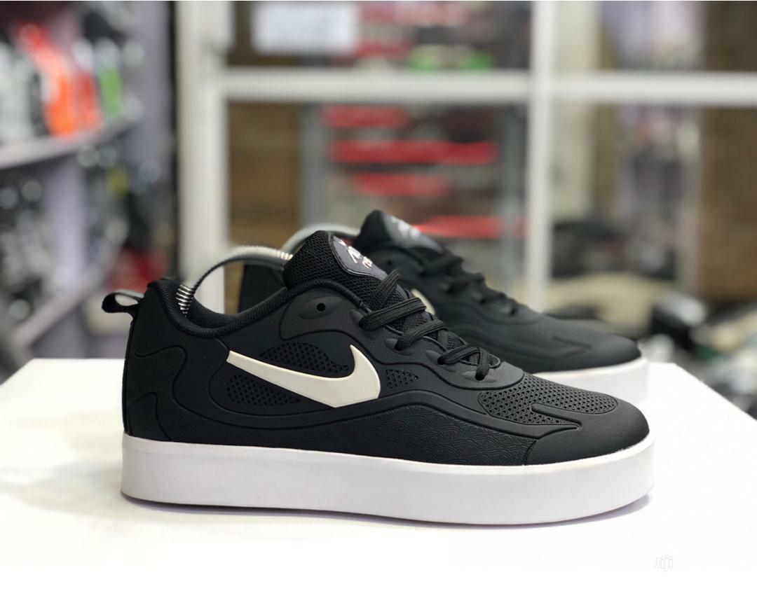 Nike Foot Wear Sport