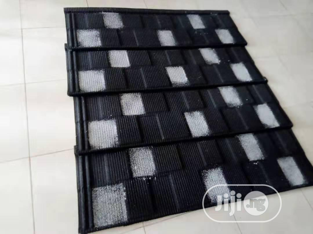 Shinning Black and White Docherich Shingle Roofing Tiles