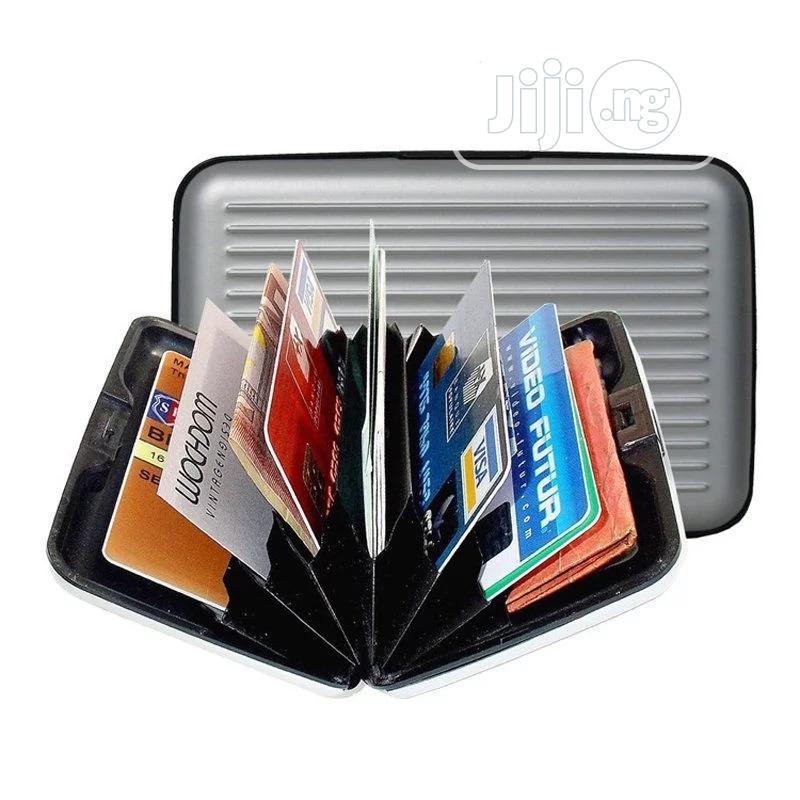 Archive: Credit Card Holder
