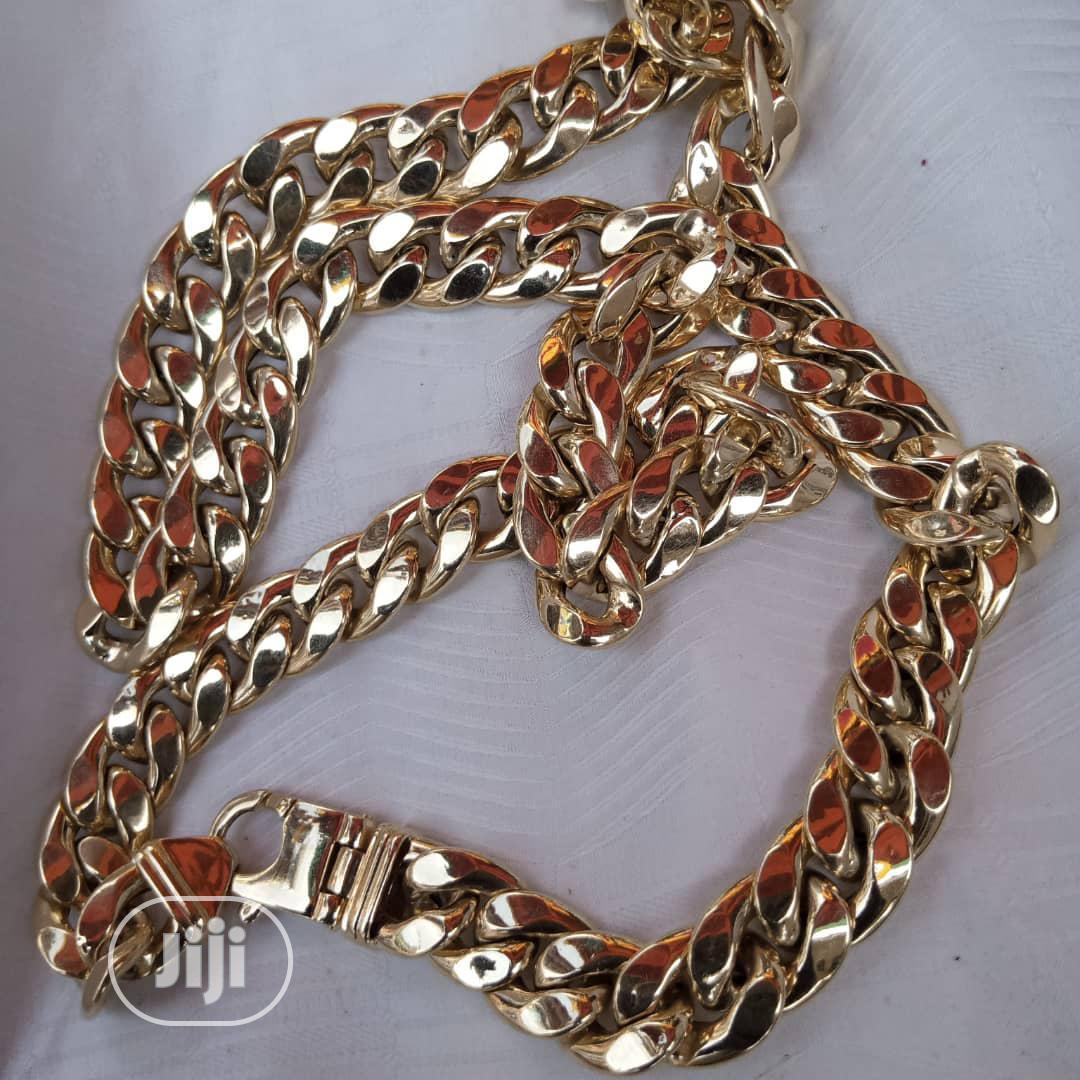 18 Karat Gold Chain