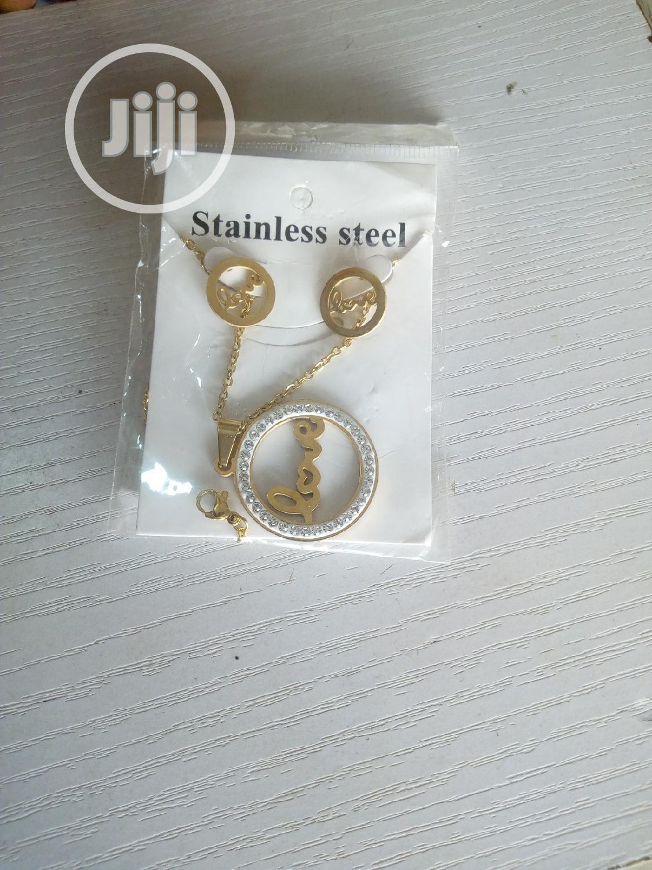 3 Pcs Neck Set | Jewelry for sale in Lagos Island, Lagos State, Nigeria