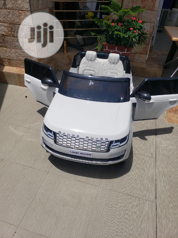 Autobiography Range Rover White