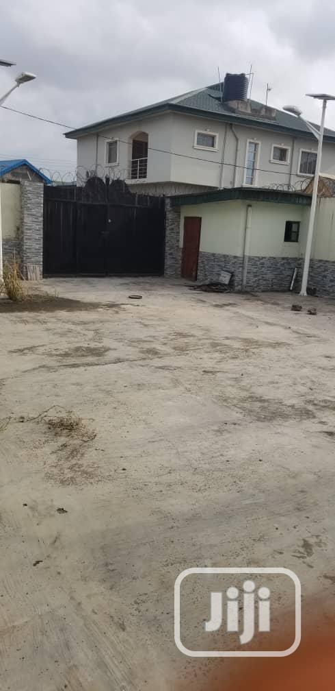 Neat 4 Bedrooms Duplex at Opic Estate | Houses & Apartments For Sale for sale in Ojodu, Lagos State, Nigeria