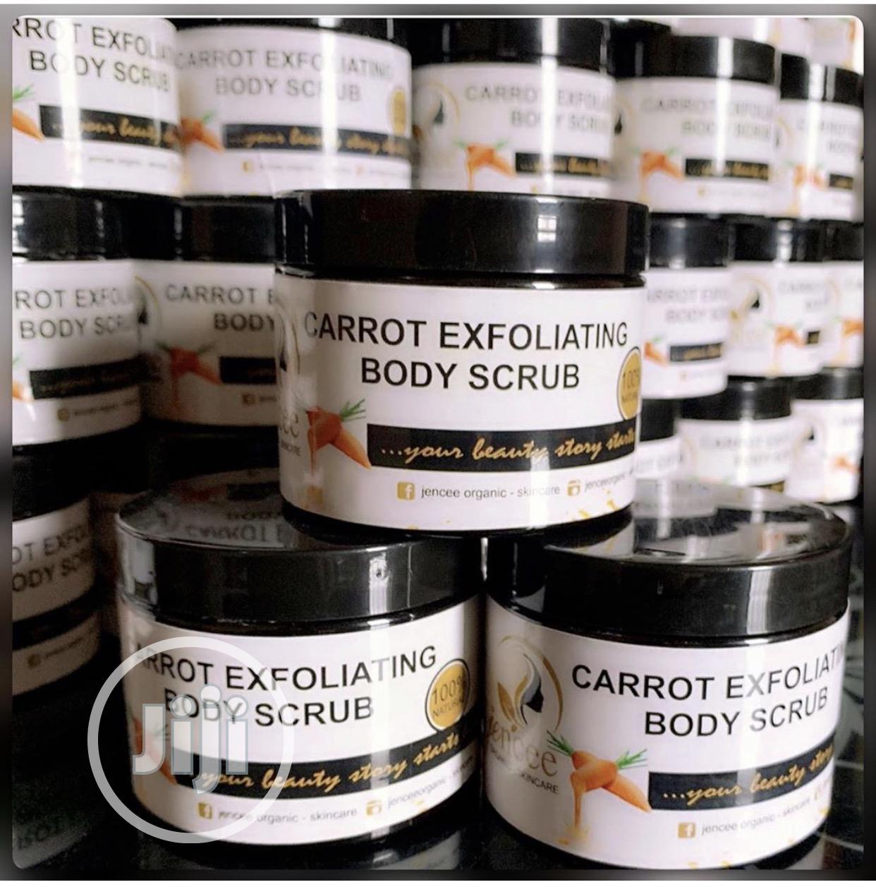 Carrot Exfoliating Body Scrub