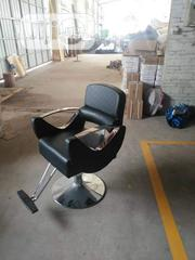 Unique Barbbing Chair   Furniture for sale in Lagos State, Surulere