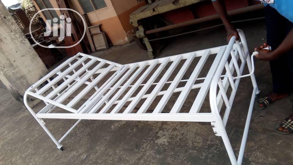 Standard 1crank Hospital Bed (3x6ft )