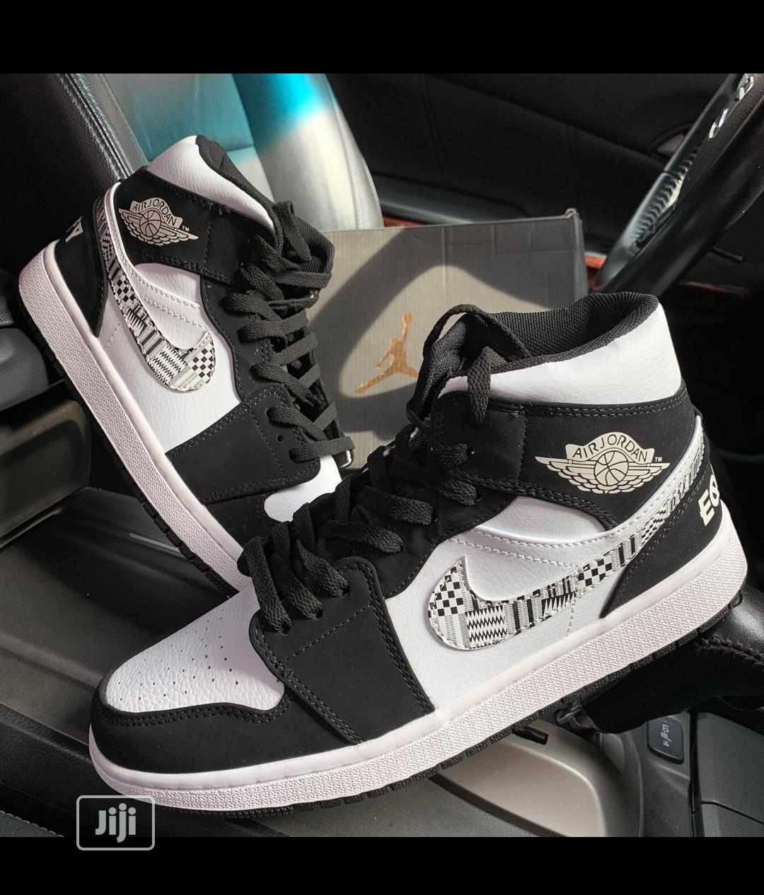 Nike Air Jordan Men's Hightop Sneakers