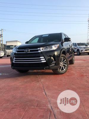 Toyota Highlander 2018 XLE 4x4 V6 (3.5L 6cyl 8A) Black   Cars for sale in Lagos State, Lekki