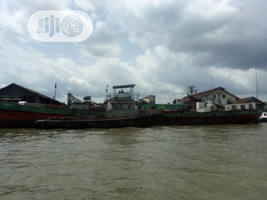 Archive: Self-propelled Oil Barge