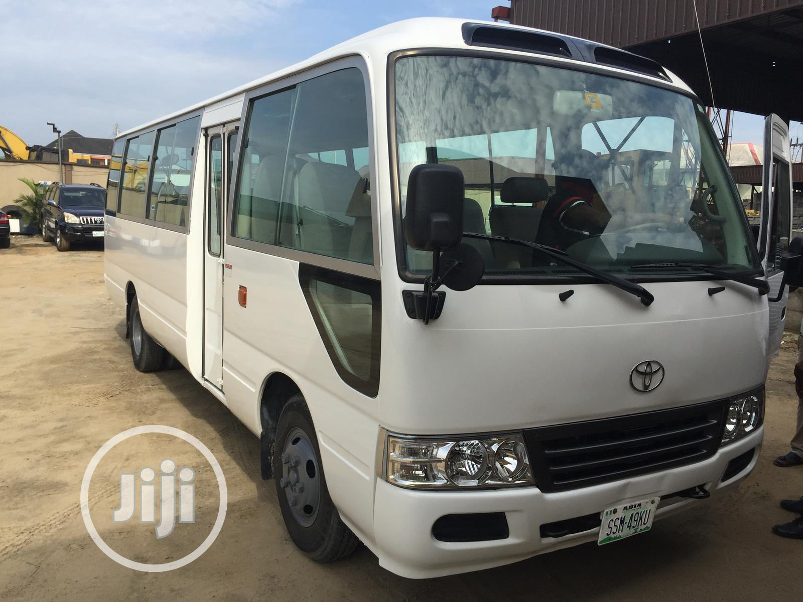 Clean Toyota Coaster Bus For Hire / Charter
