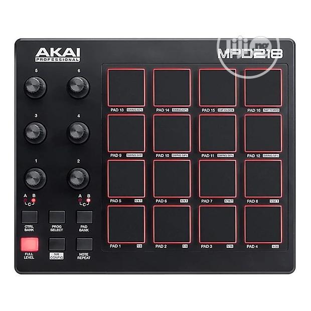 AKAI MPD218 Professional USB Drum Pad Controller